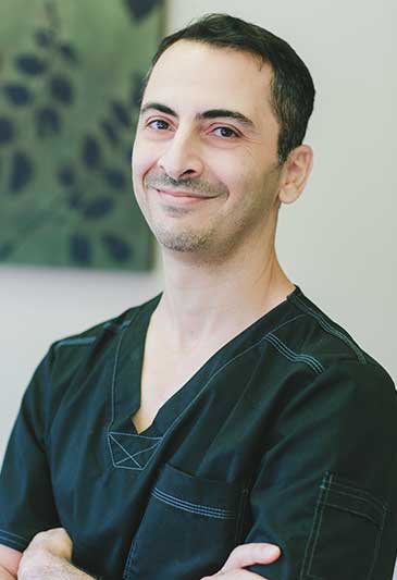 Dr. Phil Parhami  DDS, Best Dentist in Lancaster, CA 93536